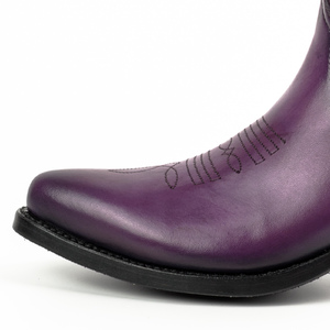 Vêtement en cuir Santiags femme violet