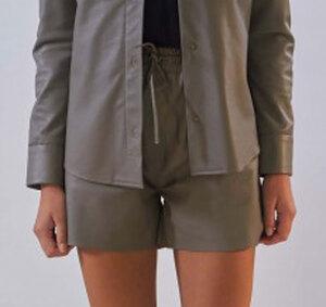 Vêtement en cuir Robes & jupes cuir