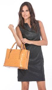 Vêtement en cuir Maroquinerie femme